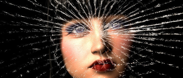 暴力と女性